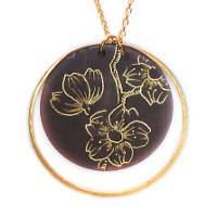 Collier cercle cerisier détail 250